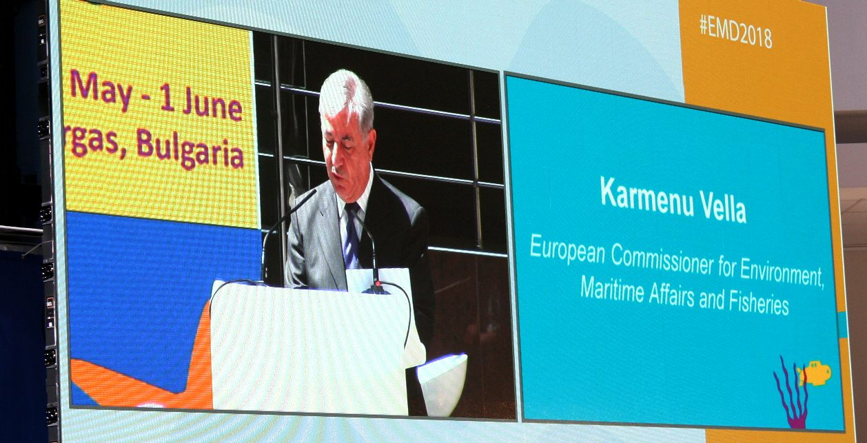 Karmenu Vella giving the opening speech in Burgas for European Maritime Day 2018